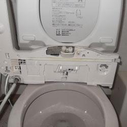 トイレ汚れを取る